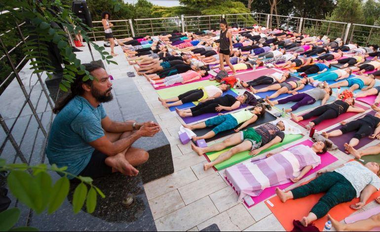 Chris Chavez ile Müzede Yoga 5 Ağustos'ta SSM'de…