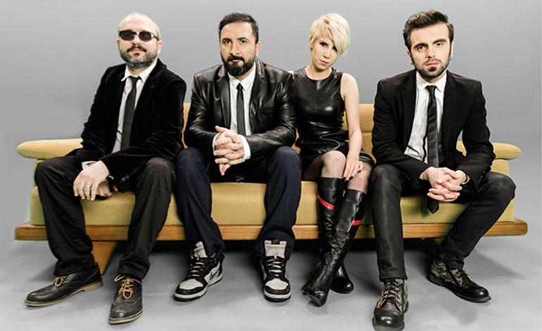 'Bora Duran' ve 'İstanbul Arabesque Project' Sahnesi