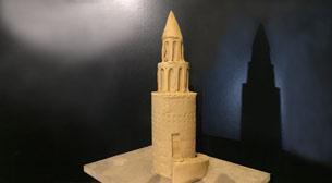 Heykel - Galata Kulesi