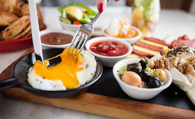 Kitchenette, Anneler Günü'nde 'Birlikte Daha Lezzetli' Bir Kahvaltıya Bekliyor