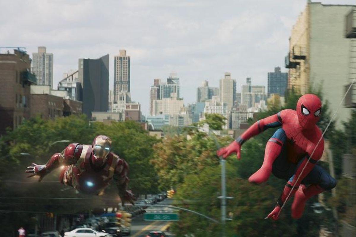 Örümcek-Adam: Eve Dönüş