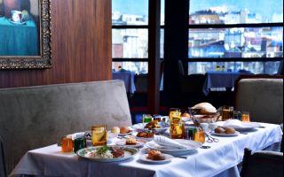 Zəfəran Restaurant Azerbaycan Lezzetleriyle iftar
