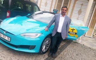 Türkiye'nin İlk Turkuaz Taksisi