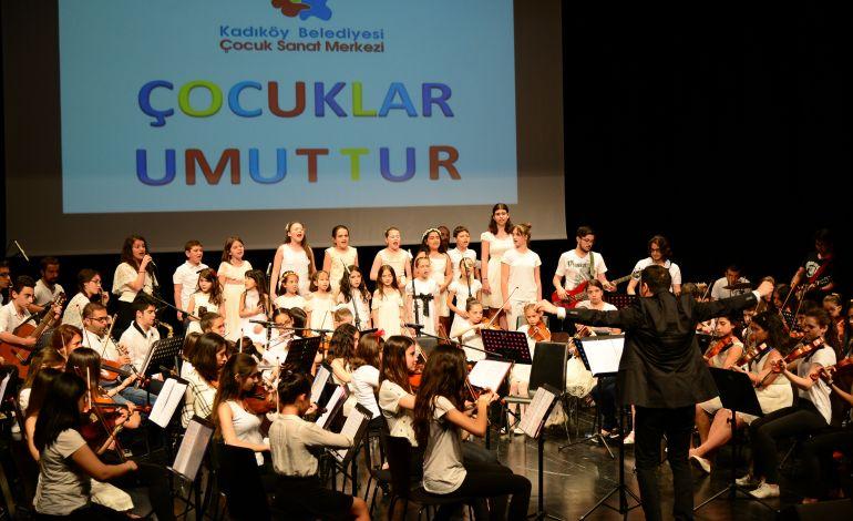 Çocuklar Atatürk için Çalacak