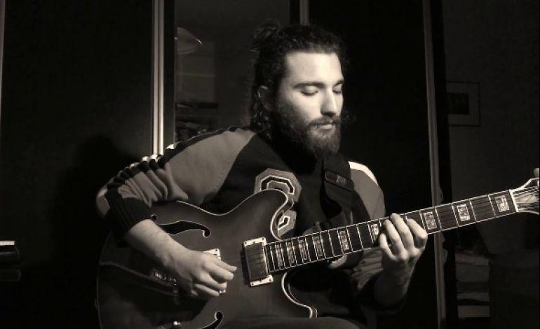 Erkan Zeki Ar Trio 'Kontrast'