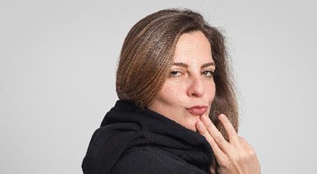 Lesli Karavil