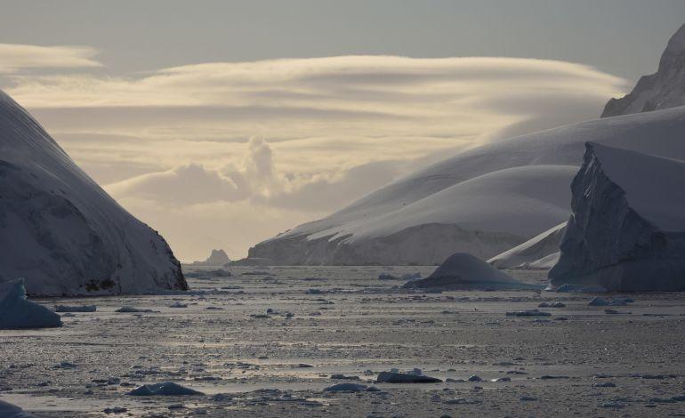 Tüdav - Antarktika Fotoğraf Sergisi