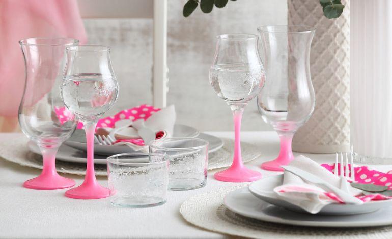 Pink Serisi Pembenin Enerjisini Sofralara Taşıyor