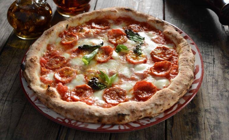 Pizza Emirgan, Gerçek Napoli Lezzetlerini Artık Glutensiz Olarak da Sunuyor