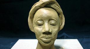 Masterpiece Galata Heykel - Afrika