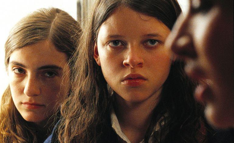 Küçük Azize (2004)