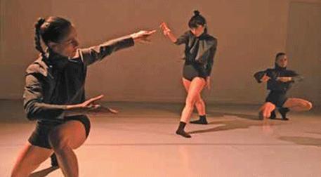 Mut - Dans Gösterisi