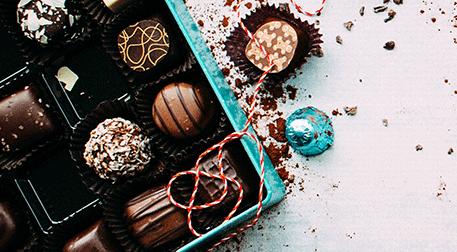 Bize Her Gün Çikolata