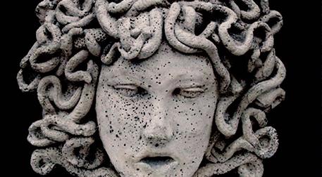 Masterpiece Maslak Heykel - Medusa