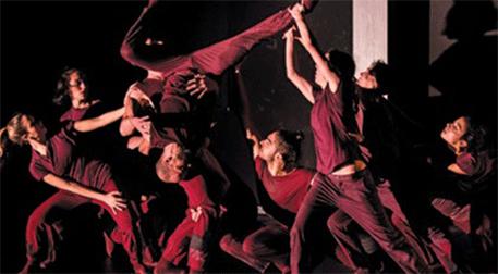Dans Gösterisi Dislokasyon