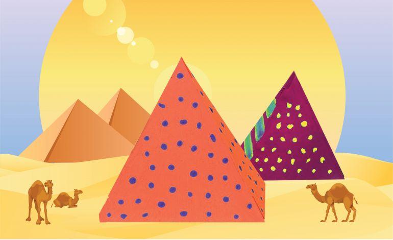 Çocuklar Mısır Piramitleri'ni Boyuyor