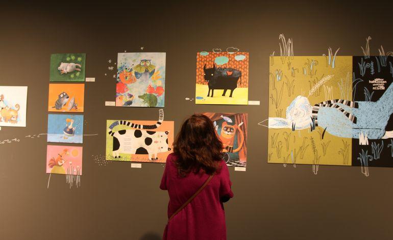 Şiir Resimleri Sergisi Macar Kültür Merkezi'nde