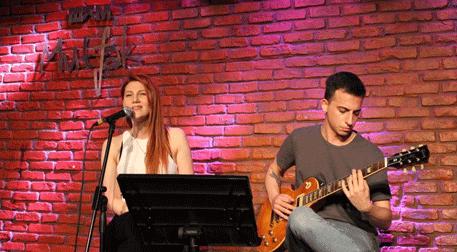 İpek Özcan & Gitar: Alp Dürüst