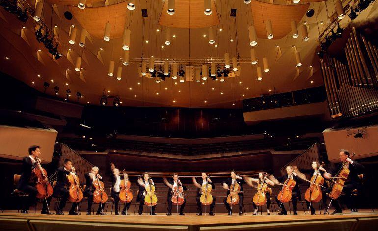 Neue! Step: Berlin Filarmoni'nin 12