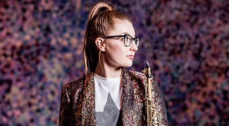 Saksafonun Yeni Yıldızı: Jess Gilla
