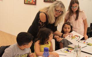 Çocuklar 'Çizgiler Resim Atölyesi'nde soyut resim ile tanışacak