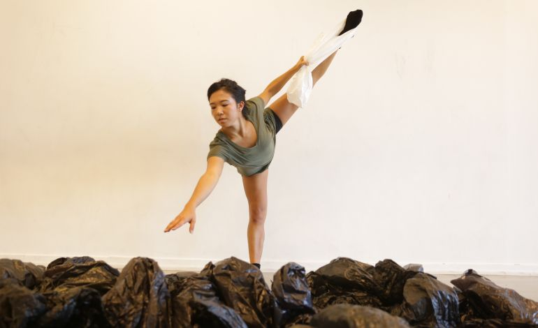 Nikki Holck - Dans Atölyesi