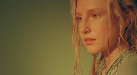 Güneşin Kadınları: Billie Marten