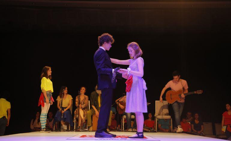 Otizm Tanılı Çocuklar Sahneye Çıkıyor