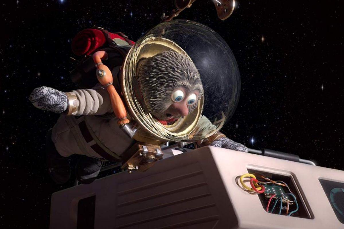 Kirpi ve Saksağan: Sevimli Uzay Kahramanları
