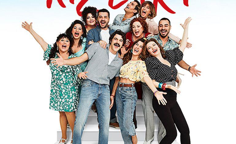 İzmir'in Kızları