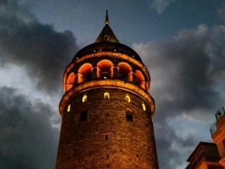 Eylül Bulat © Galata Kulesi