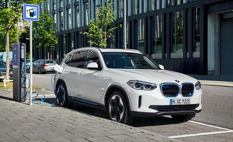 BMW'nin Tamamen Elektrikli İlk ''X'' Modeli Yeni BMW iX3
