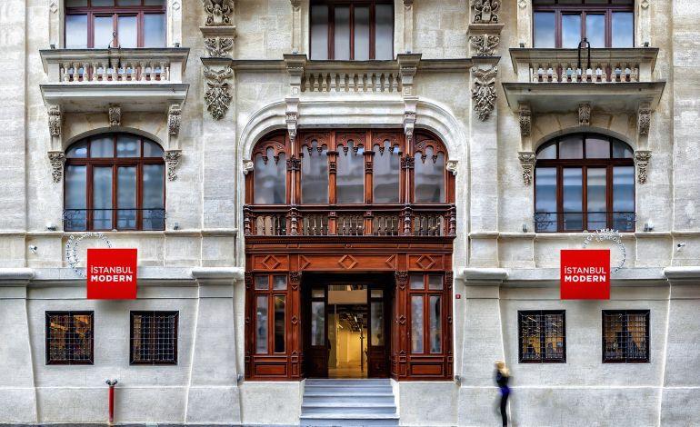 İstanbul Modern Sağlık Çalışanlarına Ücretsiz