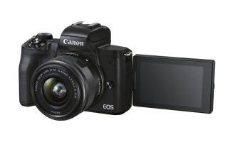 Doğrudan YouTube Canlı Yayın İmkanı Sunan Fotoğraf Makinesi: EOS M50 Mark II