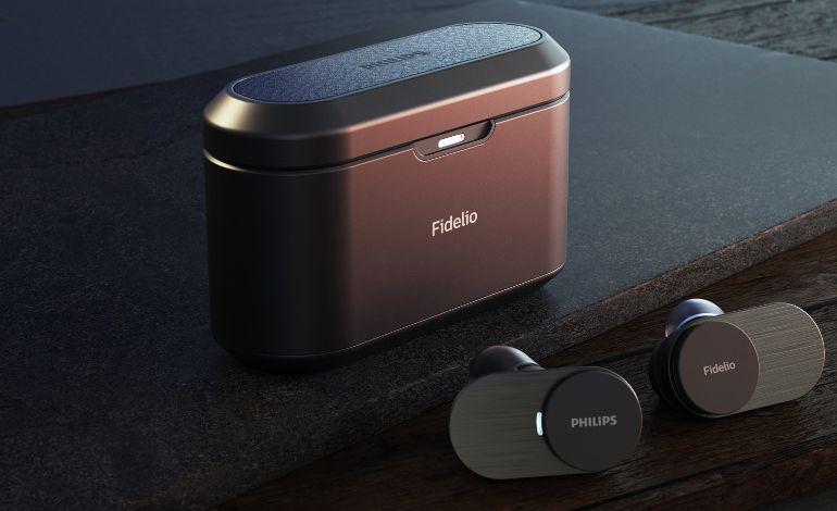 TP Vision, Premium Philips Fidelio Kablosuz Kulaklık
