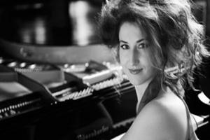 İki Piyanodan Tadına Doyulmaz Macar Yansımaları