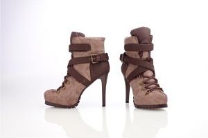 En moda Aksesuarlı Ayakkabılar FLO'da