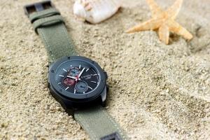 I-Watch Renkli Bir Yeni Yıl Vaadediyor