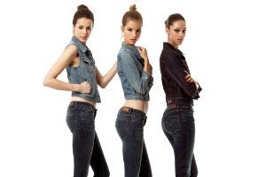 Levi's Curve ID'ler Yeni Modeller ve Yepyeni Renklerle Karşınızda