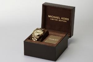 Michael Kors'tan Göz Alıcı Jet-Set Saat Tasarımı