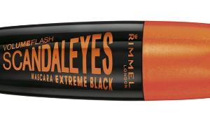 Scandal'Eyes Extreme Black Maskara ile Olay Yaratan Gözler