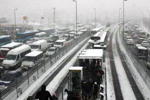 AKOM`dan İstanbullulara Kar Uyarısı!
