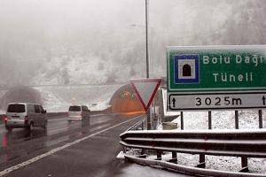 Ankara-İstanbul Karayolunun Bolu Dağı Geçişi Açık Tutuluyor