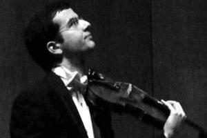 CRR Senfoni Orkestrası: Hasan Tura