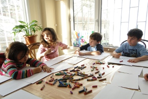 Çocuklar için Temel Sanat Atölyeleri Devam Ediyor