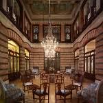 Pera Palace Hotel Jumeirah'da Anneler Günü