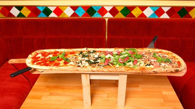 Pizza Tutkunu Babalara: Metre Pizza