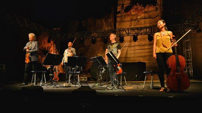 Kronos Quartet Gümüşlük'te Konser Verdi