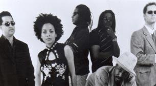 Brooklyn Funk Essentials feat. Hüsnü Şenlendirici