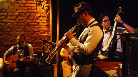 Flapper Swing featuring Ricky Ford